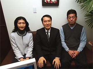 野球評論家角盈男氏によるインタビューの様子